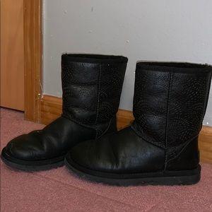 Leather Black Uggs
